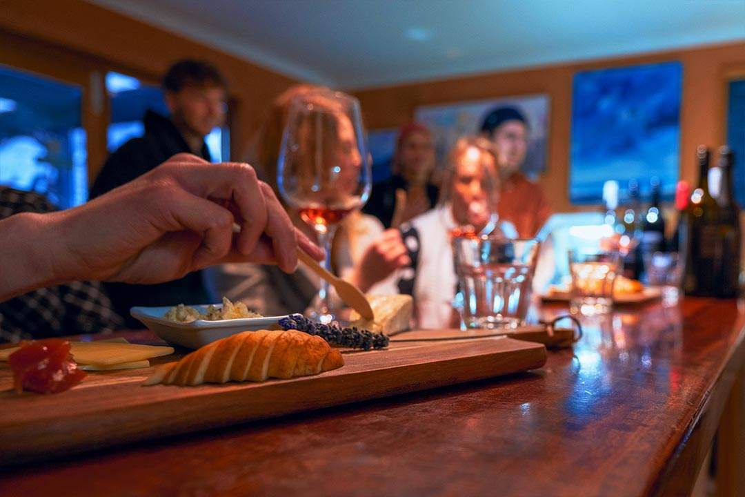 Wine-and-Cheese-Board-Match-Tasting